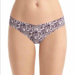 Commando seamless thong underwear in Diamond print